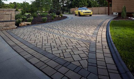 Project profile heated permeable pavers outdoor living by belgard the heated permeable paver driveway immediately melts and drains snow and ice a heating coil is hidden beneath belgard eco dublin permeable pavers solutioingenieria Gallery