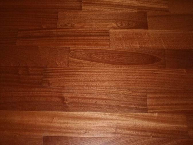 Sapele wood flooringEngineered sapele wood flooring