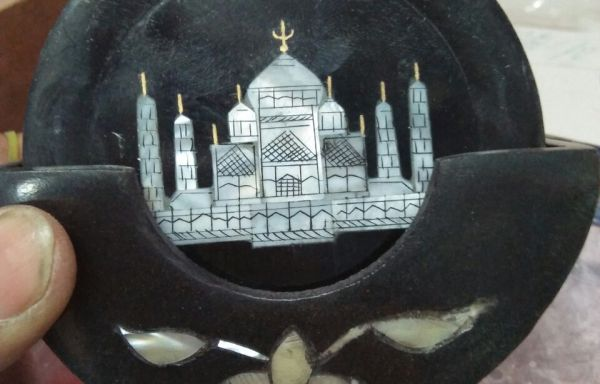 Taj Mahal Plate made of White Marble – Hand made – Decorative Plates
