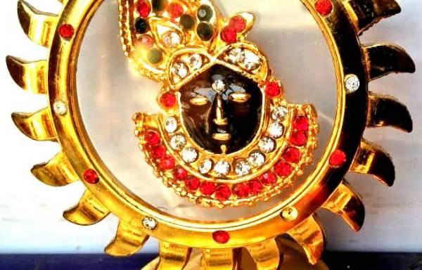 Accessories – Banke Bihari krishna Giriraj Srinath Ji Face Car Dashboard idol or Murti Or statue
