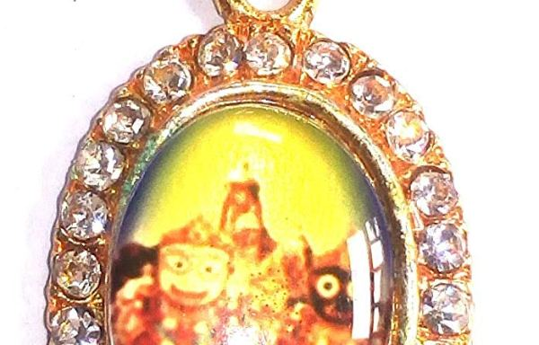 Lord Jagannath Pendant/Locket with Stone – Golden