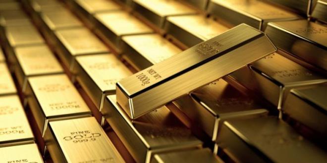 Harga emas terus naik