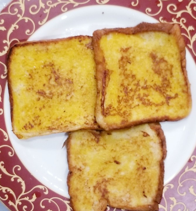 Super duper Eggless French Toast is ready.