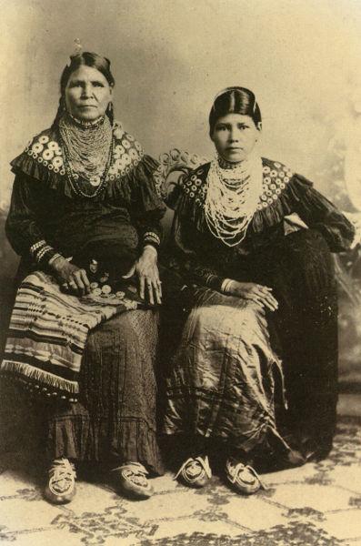 weckquaesgeek-indians1