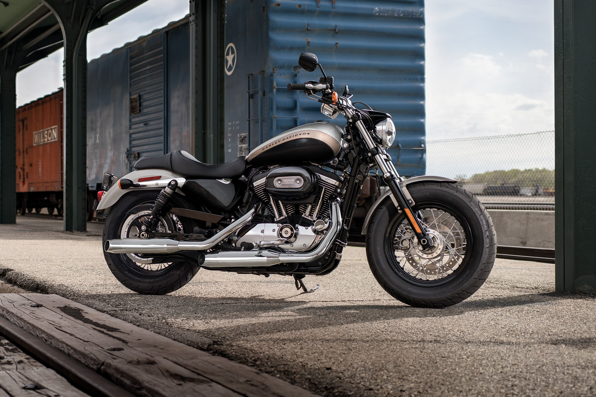 medium resolution of 2018 harley davidson 1200 custom