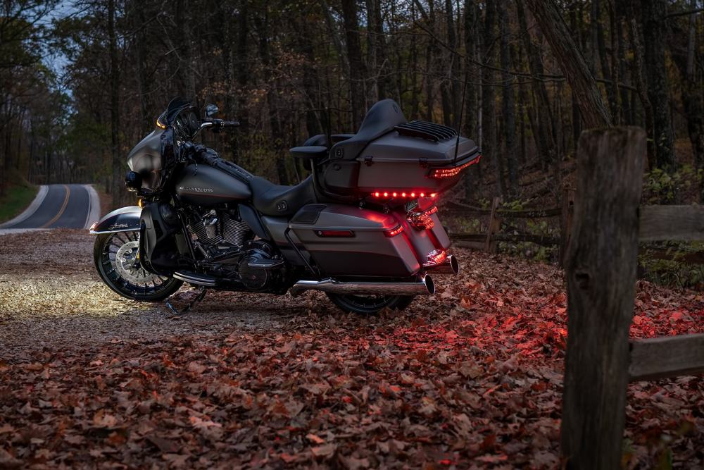 medium resolution of parked harley davidson 2019 ultra limited motorcycle