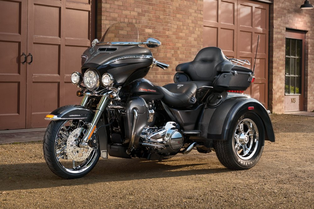 medium resolution of 2019 tri glide ultra motorcycle