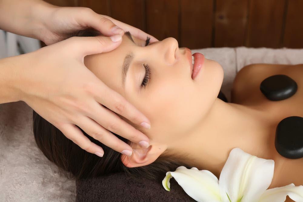 Massage with Harmonia