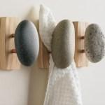 DIY Towel Rack With Knobs