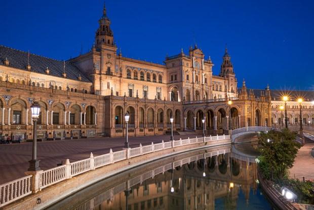 Plaza Espana Blue Hour
