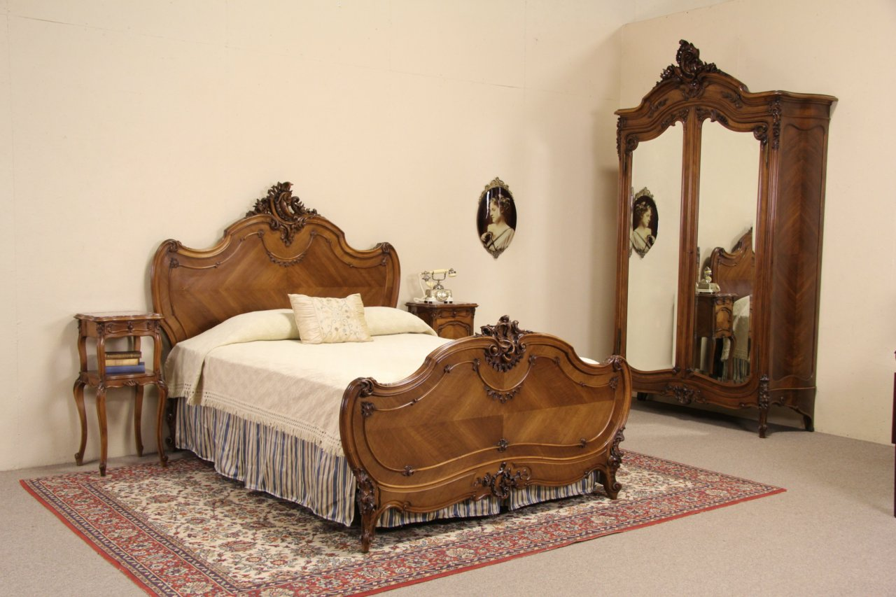 SOLD  French Queen Size 4 Pc Antique 1900 Carved Walnut