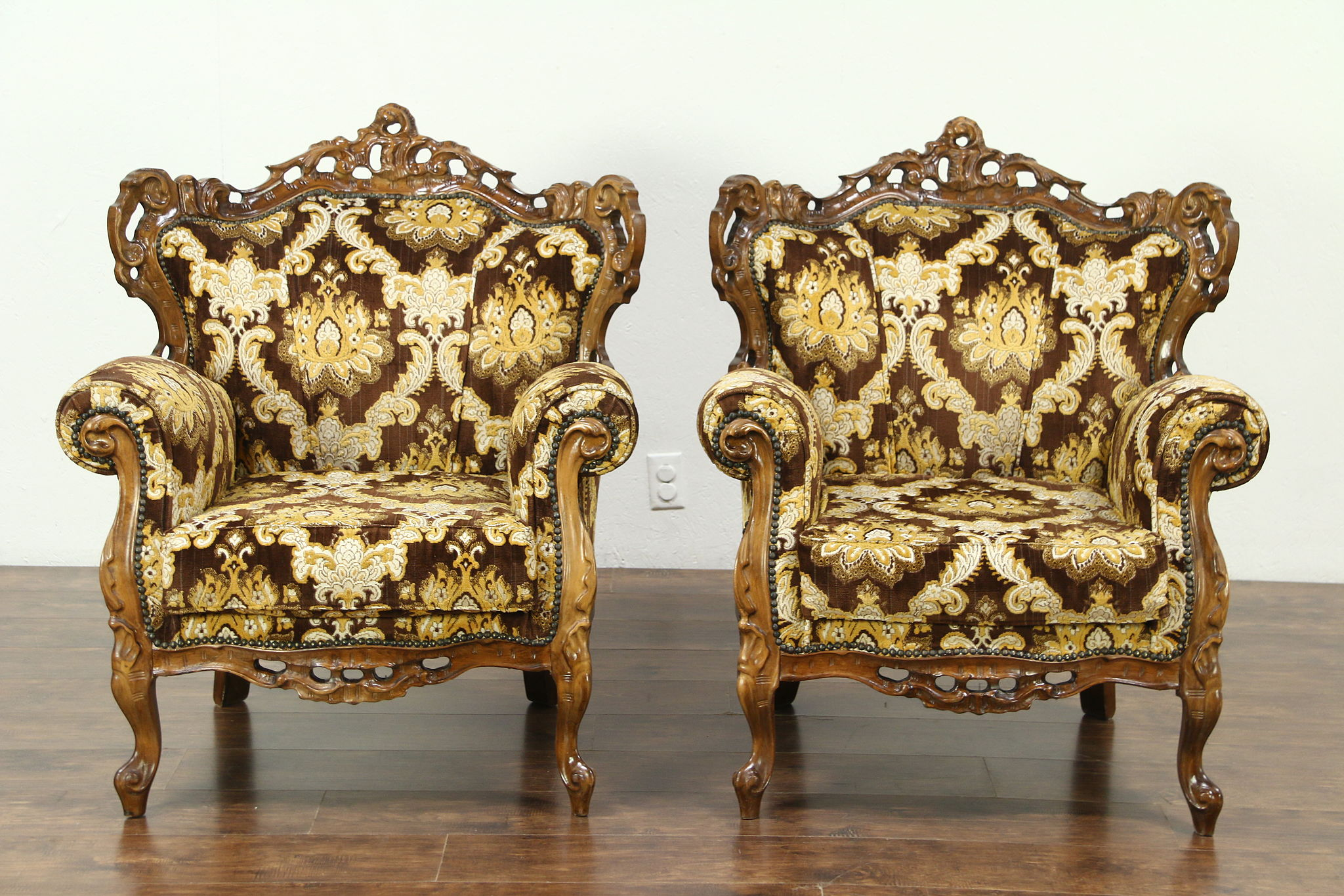 Pair of Baroque Style Large Carved Vintage Chairs Italy