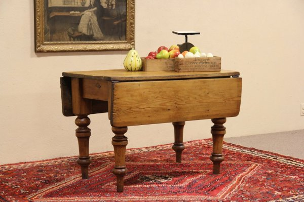 English Country Pine Dining Tables