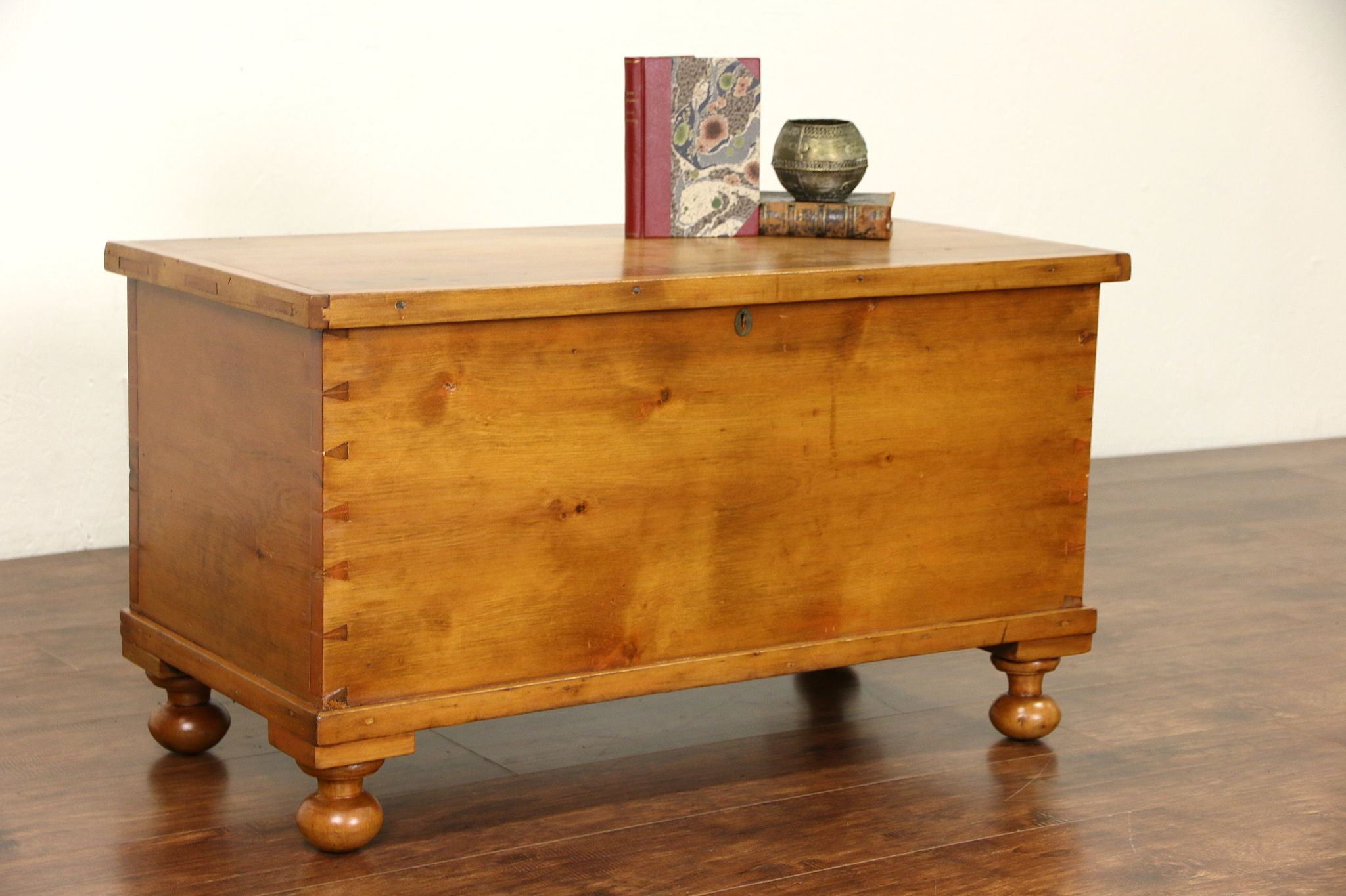 SOLD Country Pine 6 Board 1850 Antique Trunk Blanket