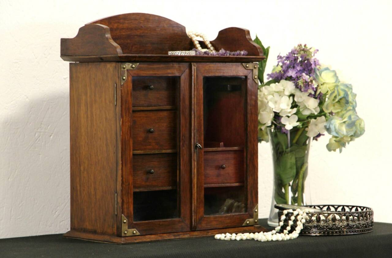 English Oak 1900 Antique Smoking Cabinet or Jewelry Chest