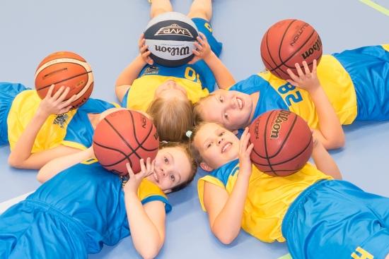 LIIKU SEURASSA -harrastetuki vähävaraisten perheiden lasten ja nuorten liikunnan harrastamisen tukemiseksi