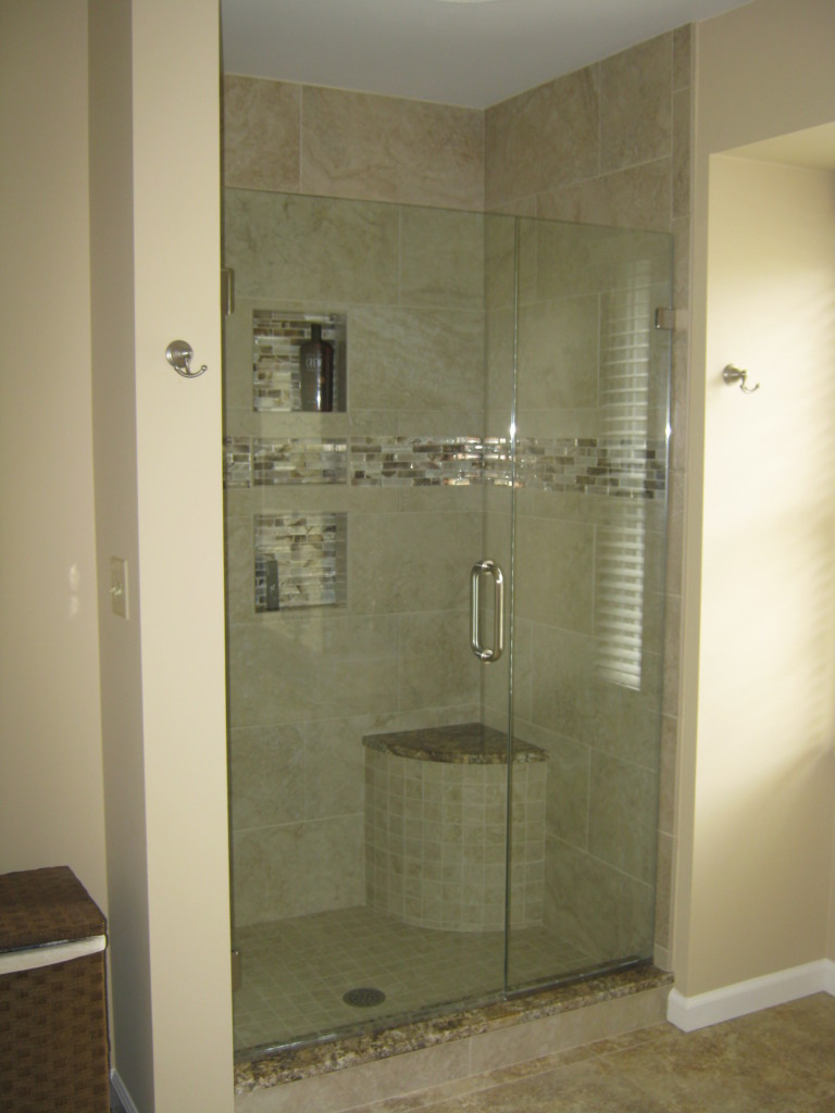 Master Bath  Shower B61