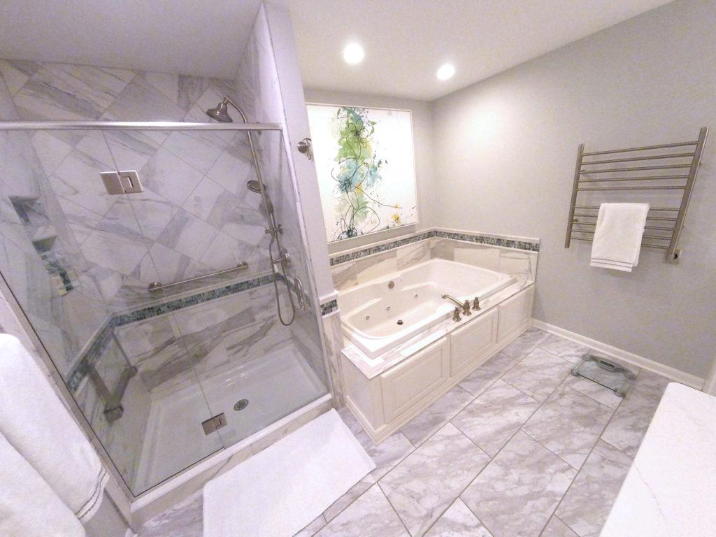 Luxurious SpaLike Master Bath B113  Harrisburg