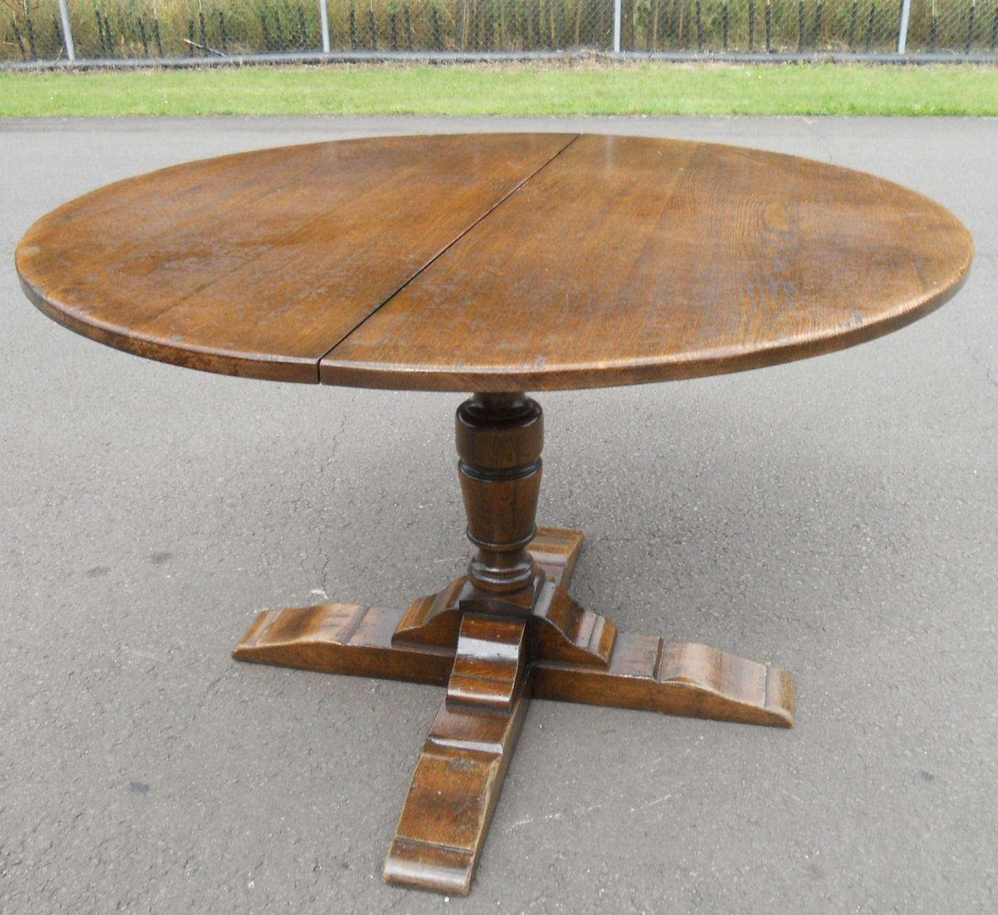 large round oak dining table 8 chairs wedding reception chair covers and sashes sold pedestal extending to seat eight