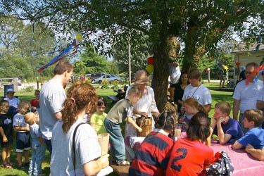 Kids at pioneer days in harrison