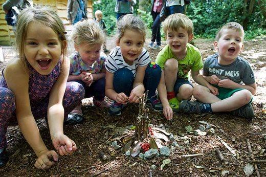 MAR0049395-children-doing-woodland-activities_940x627.jpg