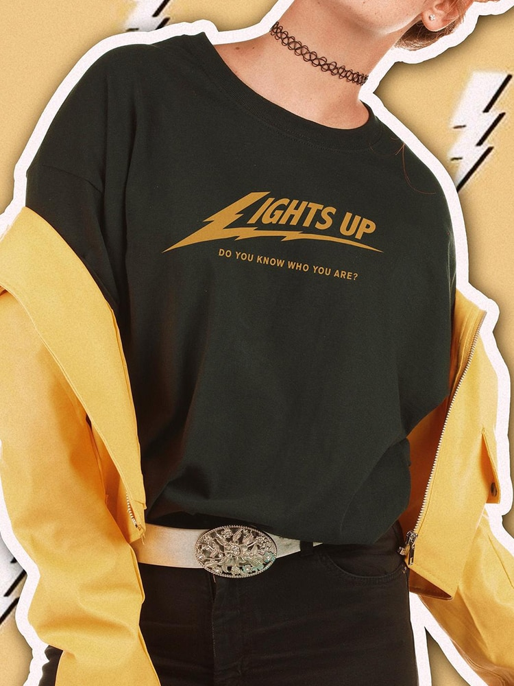 """Harry Styles """"Lights Up"""" Do You Know Who You Are Golden Letters Black T-shirt"""