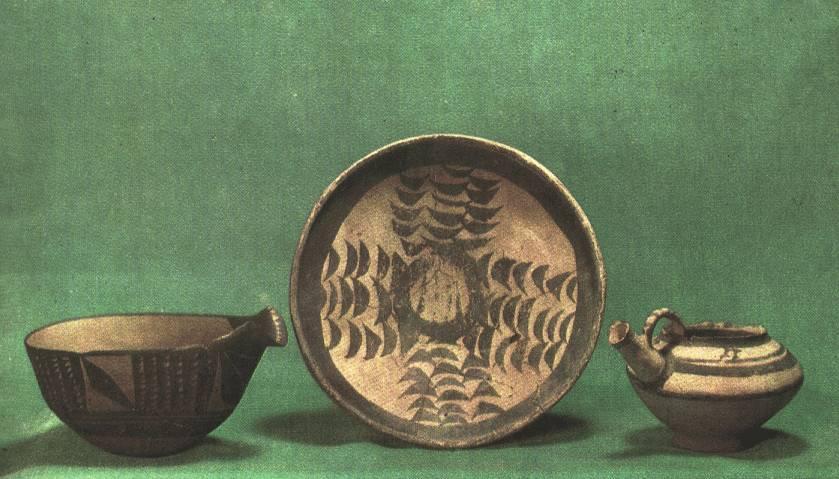 https://i0.wp.com/www.hartford-hwp.com/image_archive/ue/pottery03.jpg