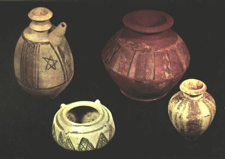 https://i0.wp.com/www.hartford-hwp.com/image_archive/ue/pottery05.jpg