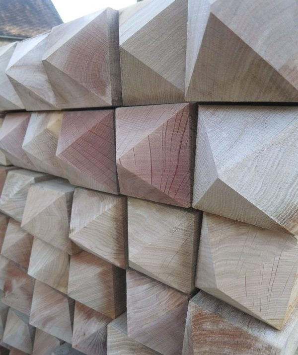 Four way Pointed ends (Oak)