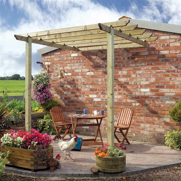 Traditional Pergola attached to wall - Patio