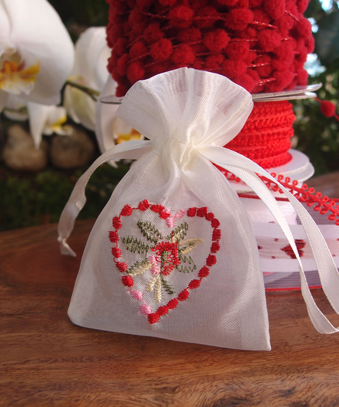 Embroidered Bags - 12 pc/ pack. 1 pack minimum.
