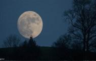 الليلة موعد الخسوف الكلي للقمر .. حدث لا نظير له في هذا القرن .. فيديو