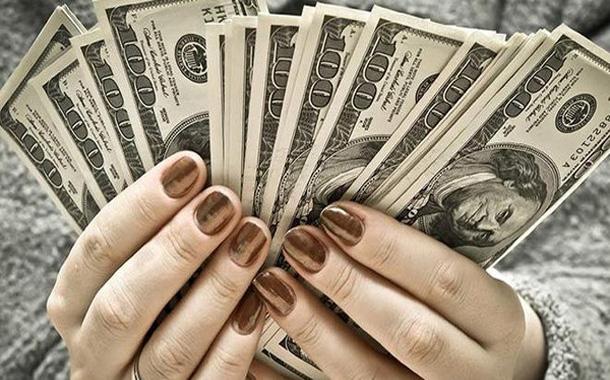 أموال النساء في ازدياد و72 تريليون دولار بأيديهن بـ2020