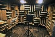 الغرفة الأكثر هدوءاً بالعالم..... حيث تسمع نبض قلبك !