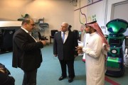 الأمير خالد بن الوليد بن طلال آل سعود يزور منصة زين للإبداع ZINC