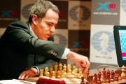 هوس ببطل العالم السابق في الشطرنج