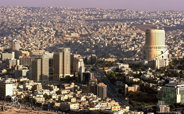 مليونا شاب في الأردن