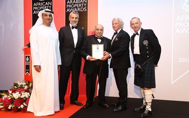 شركة السراج للتطوير العقاري باحدى جوائز العقارات الإفريقية والعربية