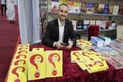 المدرّب الأردني سائد يونس يوقّع كتابه الأول
