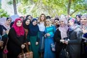 الملكة رانيا تلتقي طلبة الدبلوم المهني لتأهيل المعلّمين