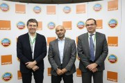 شراكة استراتيجية تجمع اورانج الأردن وشركة النبيل للصناعات الغذائية