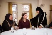الملكة رانيا تلتقي سيدات من مختلف مناطق المملكة وتقدم دعماً لزيادة رأس مال 100 مشروع صغير لهن