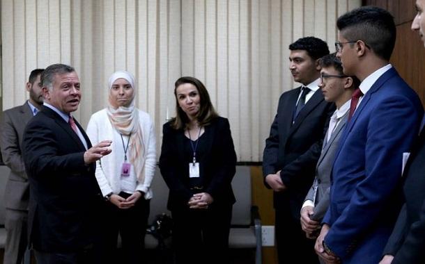 شباب رافقوا الملك إلى الهند: مستقبل الأردن وغده المشرق بيدنا
