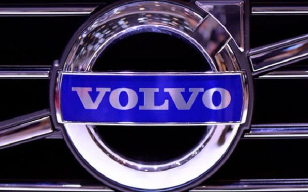 فولفو تعلن التوقف عن إنتاج محركات الديزل في الطراز الجديد من سيدان S60