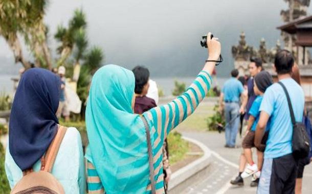 السياحة الحلال...... تجارة تصنع المليارات ورفاهية توافق الشريعة
