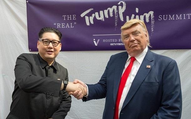 سيلفي مع ترامب وكيم بـ11 دولارا فقط!