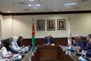 رئيس الوزراء يؤكد التزام الحكومة بتقوية الجهات الرقابية وتعزيز دورها في محاربة الفساد