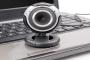هل حان الوقت لتغطية كاميرا الويب الخاصة بك؟