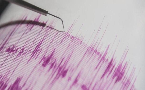 كابلات الاتصال العابرة للبحار تستشعر الزلازل