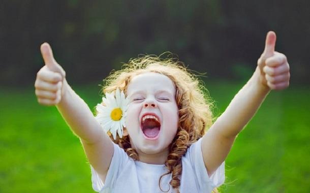 كيفية بث روح التفاؤل في عقول أطفالنا